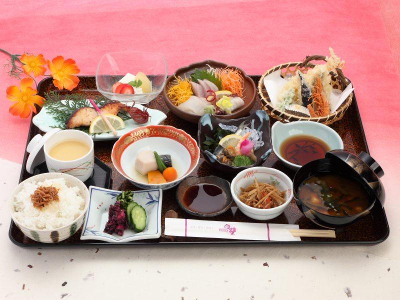 「倉敷みらい旅」[瀬戸内海鮮料理 白壁]御膳料理とぶっかけうどんお土産セット付きプラン