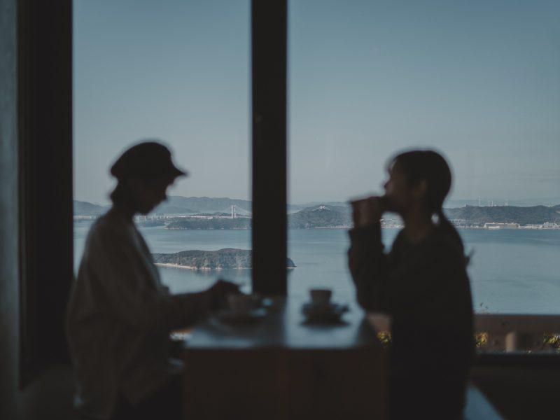 【倉敷みらい旅】貸切のカフェで海と光の景色に包まれる朝食プラン
