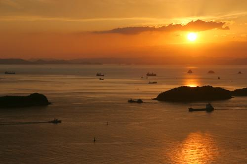 夕景鑑賞のススメ ~夕日のまち 児島で極上の夕景に癒される~