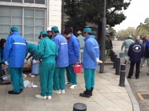 倉敷美観地区の街路灯清掃奉仕活動が行われました