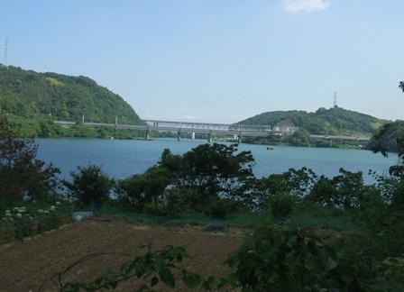 大正時代に造られた柳井原湖の水門。計画では消え行く...
