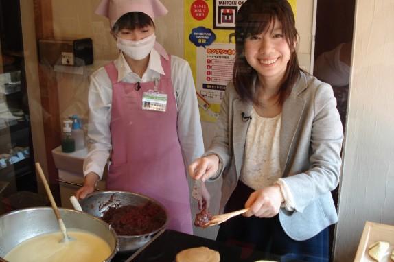 橘香堂美観地区店で、むらすゞめ手焼き体験もできます!