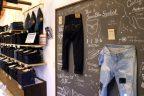 圧倒的なジーンズの品番数!